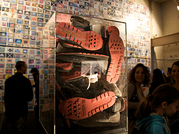 Invader-shoes